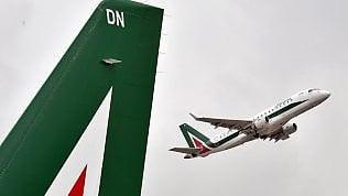 Il venerdì nero dei cieli, in sciopero Alitalia, Ryanair, Vueling e Enav